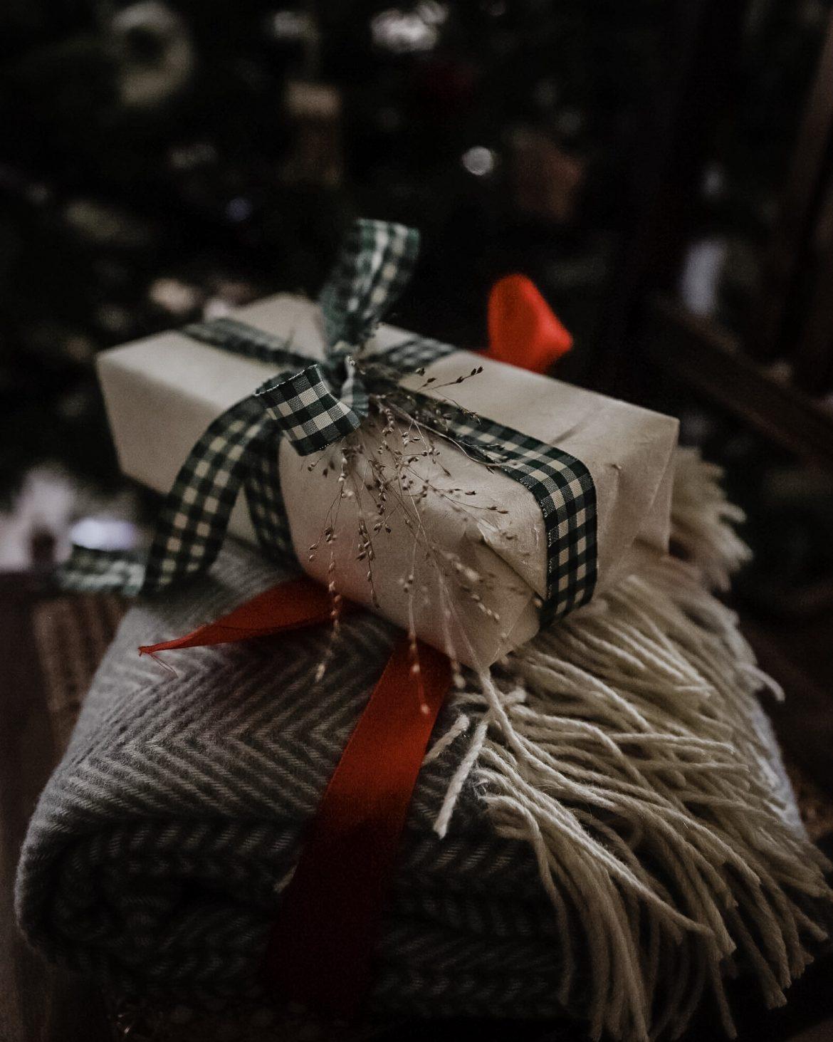 alone-on-christmas2